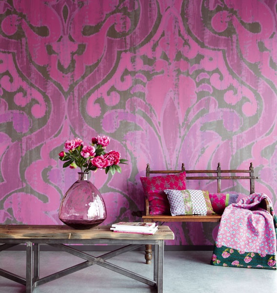 starting off with something pink - shocking, we know! damaske prints and wallpapers have been in our hearts for some time now, but check out this larger than life pattern size! we j'adore how this huge, yet pretty, pink print has been paired with slim, petite and rustic inspired furniture pieces. #contrast #justapose