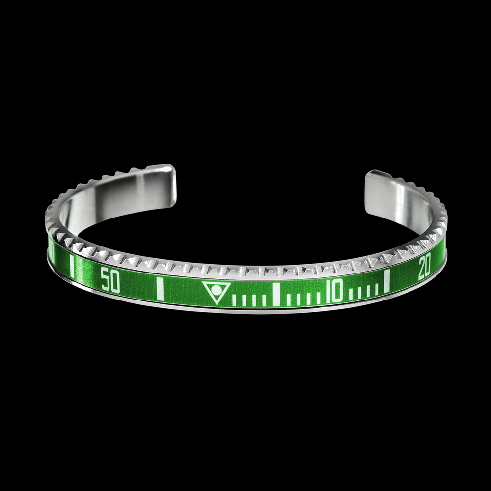 https://adrian-aldred.squarespace.com/gifts/speedometer-official-bangle-black-dlc