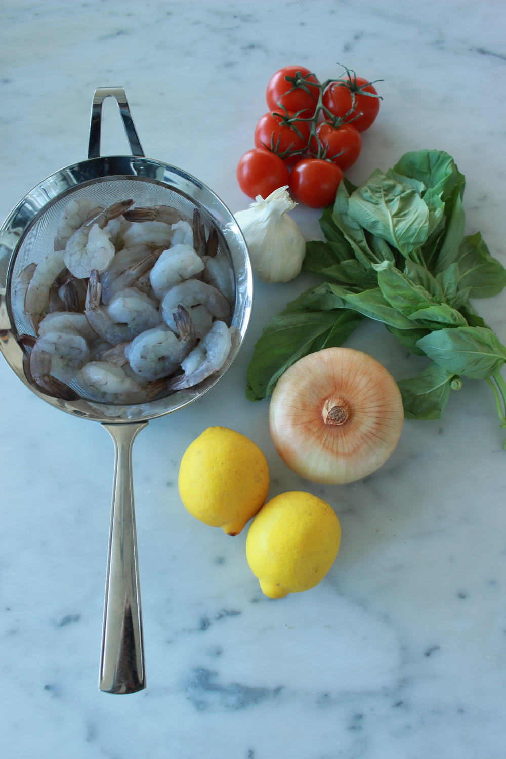 scampi ingredients | shrimp scampi with whole peeled tomatoes + basil