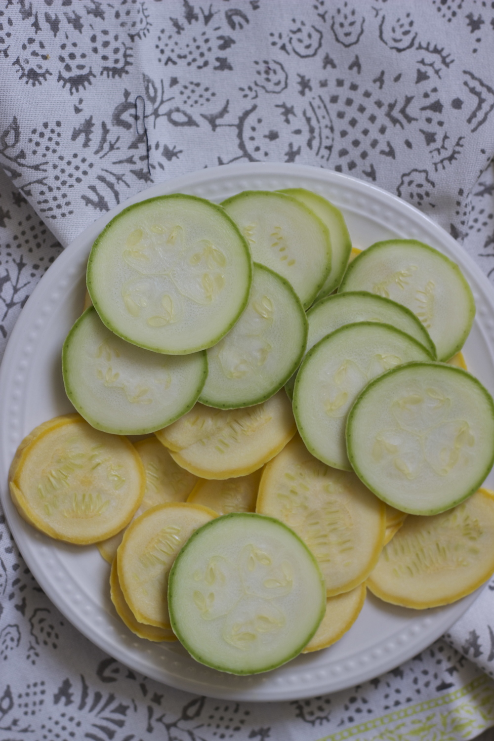 summer squash || half galley kitchen