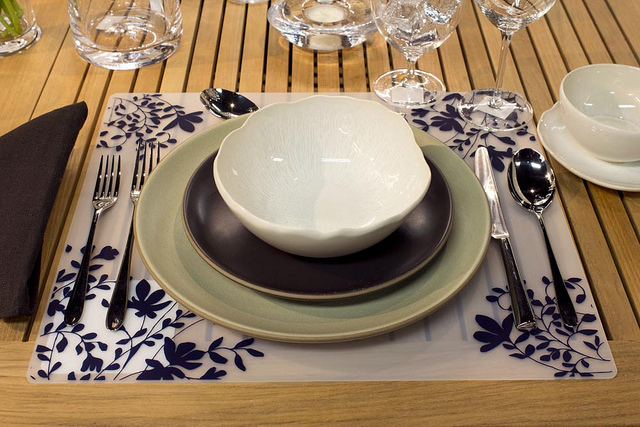 Weekly Table Setting: An Eclectic Arrangement — Didriks