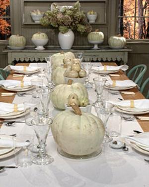 Didriks-all-white-table-setting-Martha-Stewart