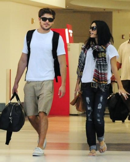 at_LAX_airport_with_Zac_Efron_