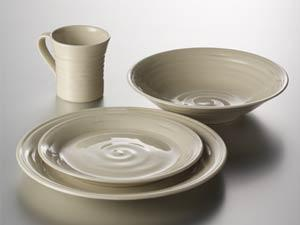 simon-pearce-belmont-dinnerware