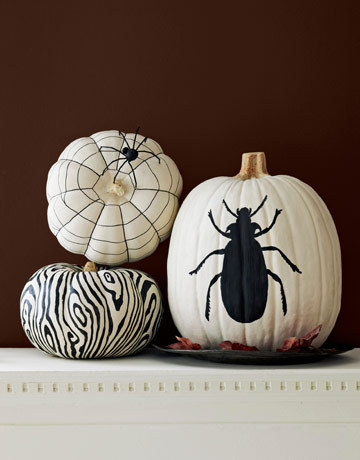 black-and-white-pumpkin