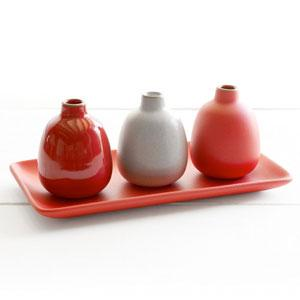 heath-ceramics-winter-collection-bud-vase