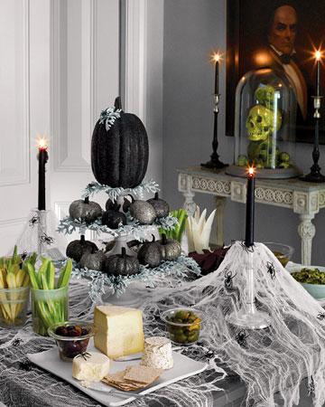 black-glitter-table
