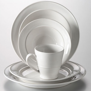 Simon Pearce Cavendish Dinnerware Set