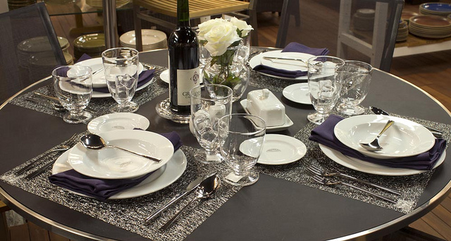 The dinnerware is a 5-piece stainless steel setting from David Mellor and both the glassware and vase come from Simon Pearce. & Weekly Table Setting: Shimmer u2014 Didriks