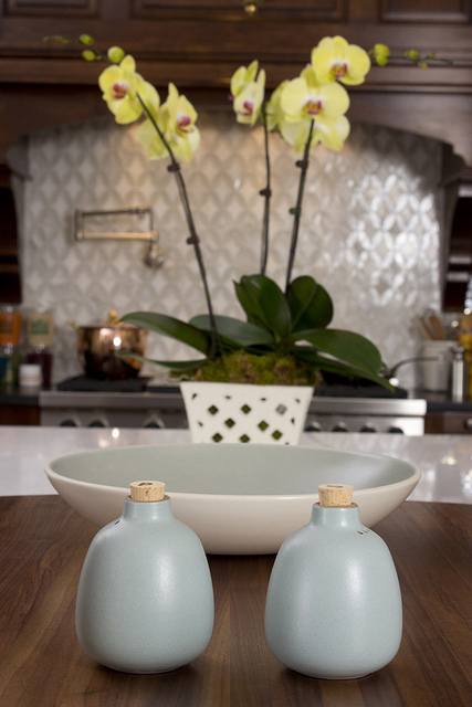 Design Home Review: Kitchen Tableware