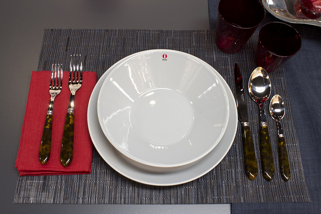 Show Weekly Table Setting: Ushering in the New