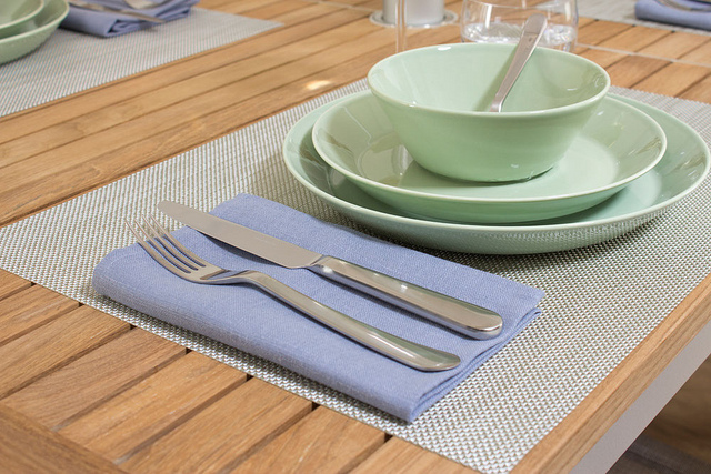 Weekly Table Setting: Bring the Outside In