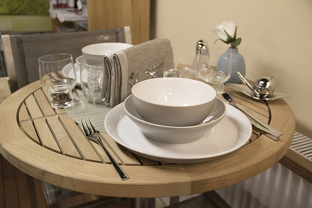 Weekly Table Setting Soft Colors And Stainless Didriks
