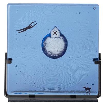 kosta-boda-dreams-sculp-floating-blue