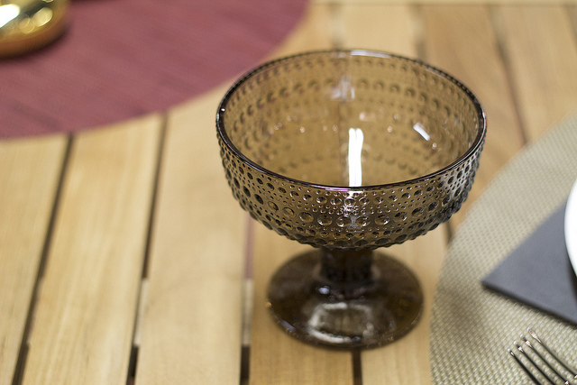 Iittala Dewdrop Footed Bowl