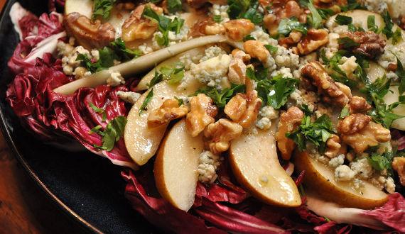 winter pear salad in raspberry vinagrette