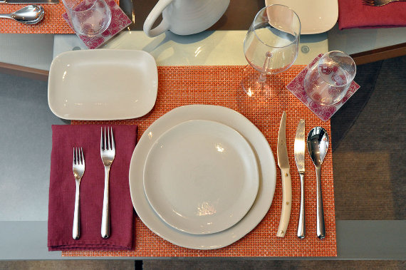 Jars Maguelone and iittala flatware table setting