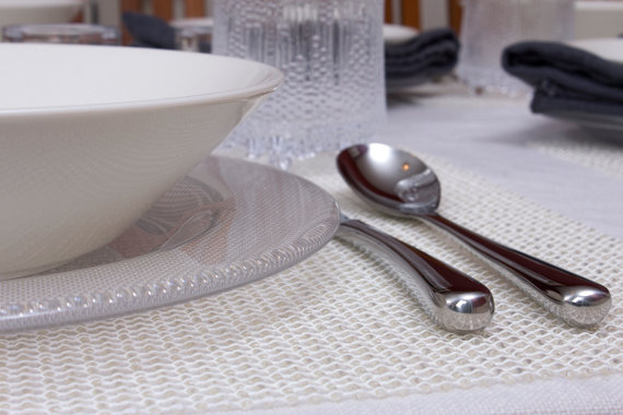 iittala teema dinnerware on white chilewich placemat