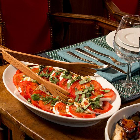 caprese salad on pillivuyt deep oval plate