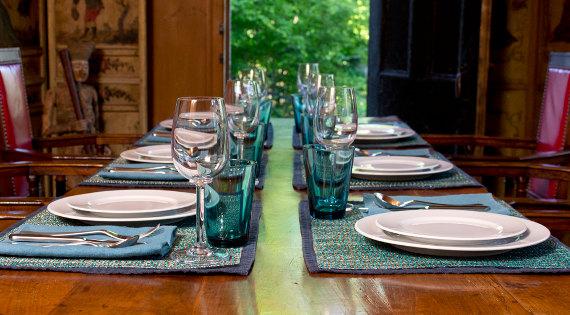 summer farm table with simon pearce hampton stemware and pillivuyt sancerre
