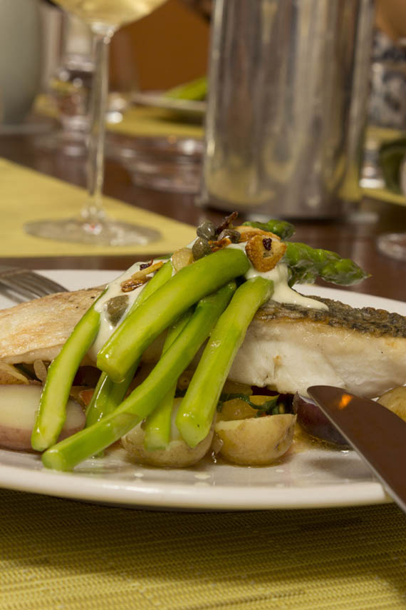 sea bass with asparagus on jars ceramics poeme plate
