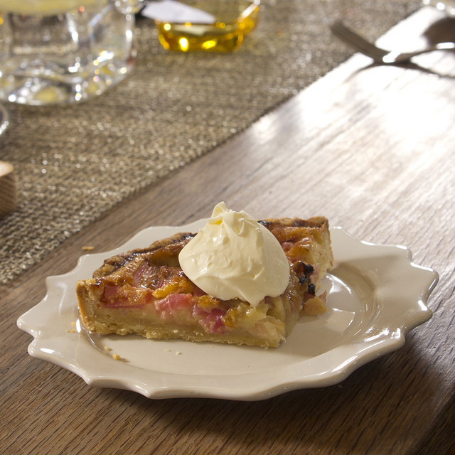 Plated rhubarb tart with mascarpone