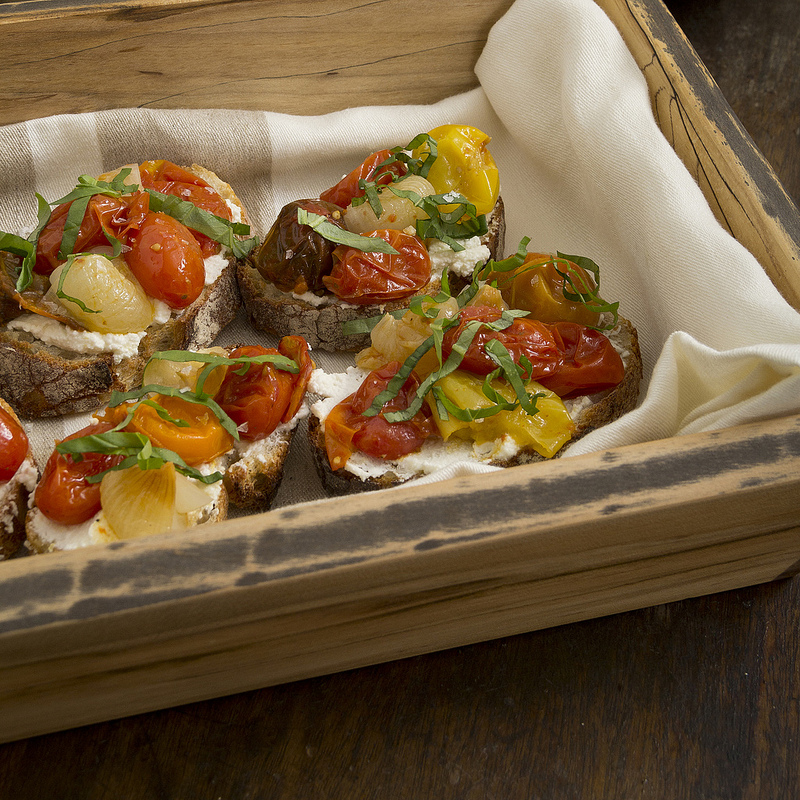 Dinner Series 30: Roasted Tomato Crostini