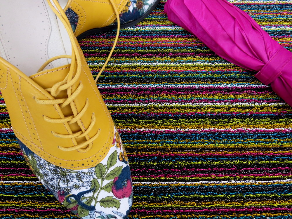 chilewich plynyl utility mat in multi skinny stripe
