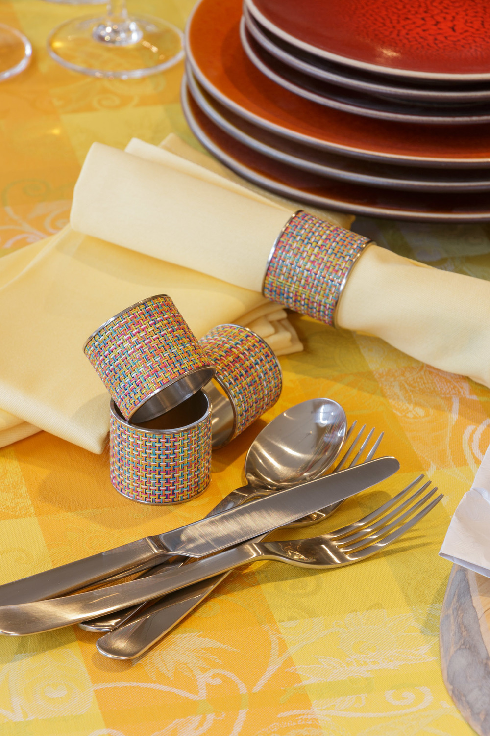 David Mellor Chelsea flatware, Chilewich napkin rings