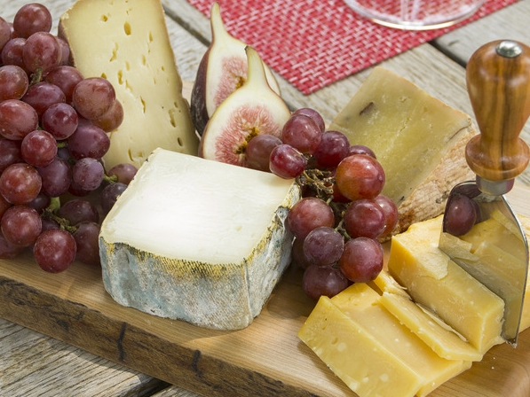 A Summer Cheese Plate — Didriks