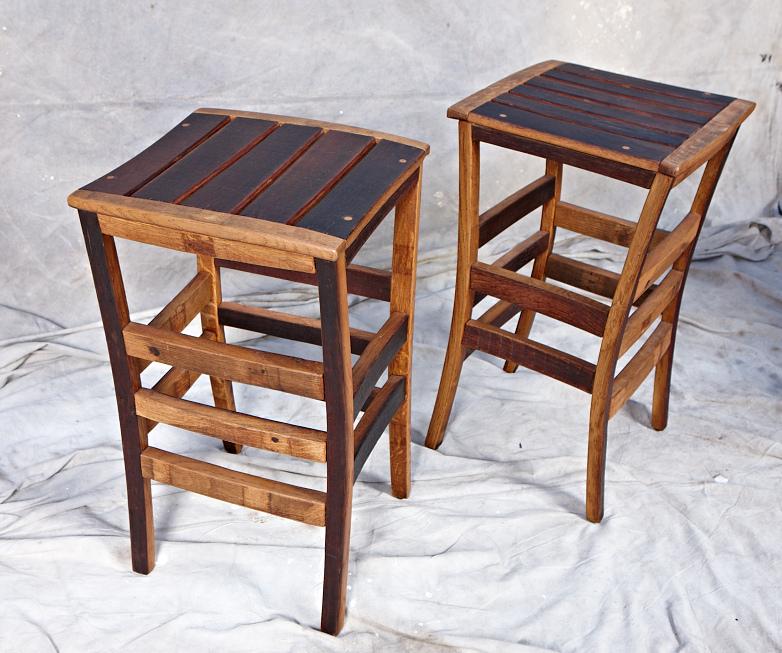 MZ3D wine barrel stool