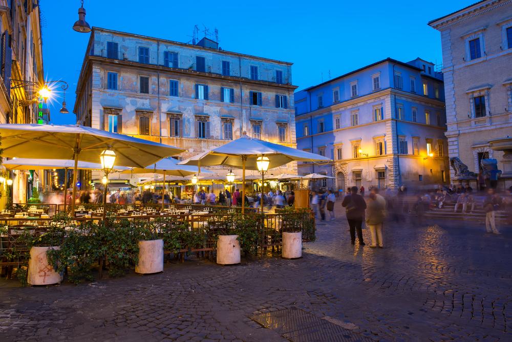 dining in SM in Trastevere.jpg
