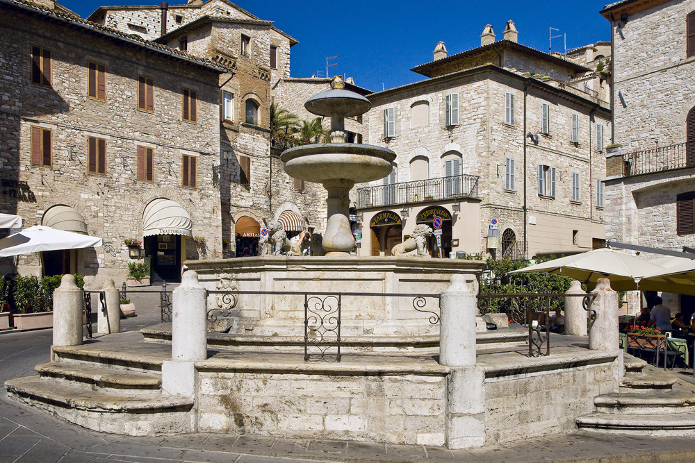 fountain assisi.jpg
