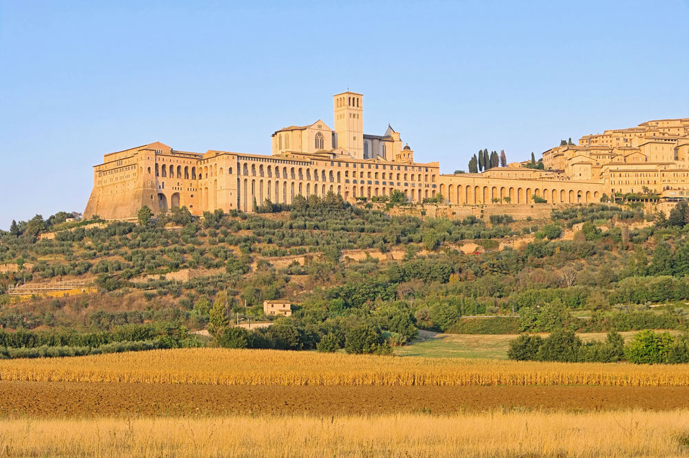 Assisi at sunset.jpg