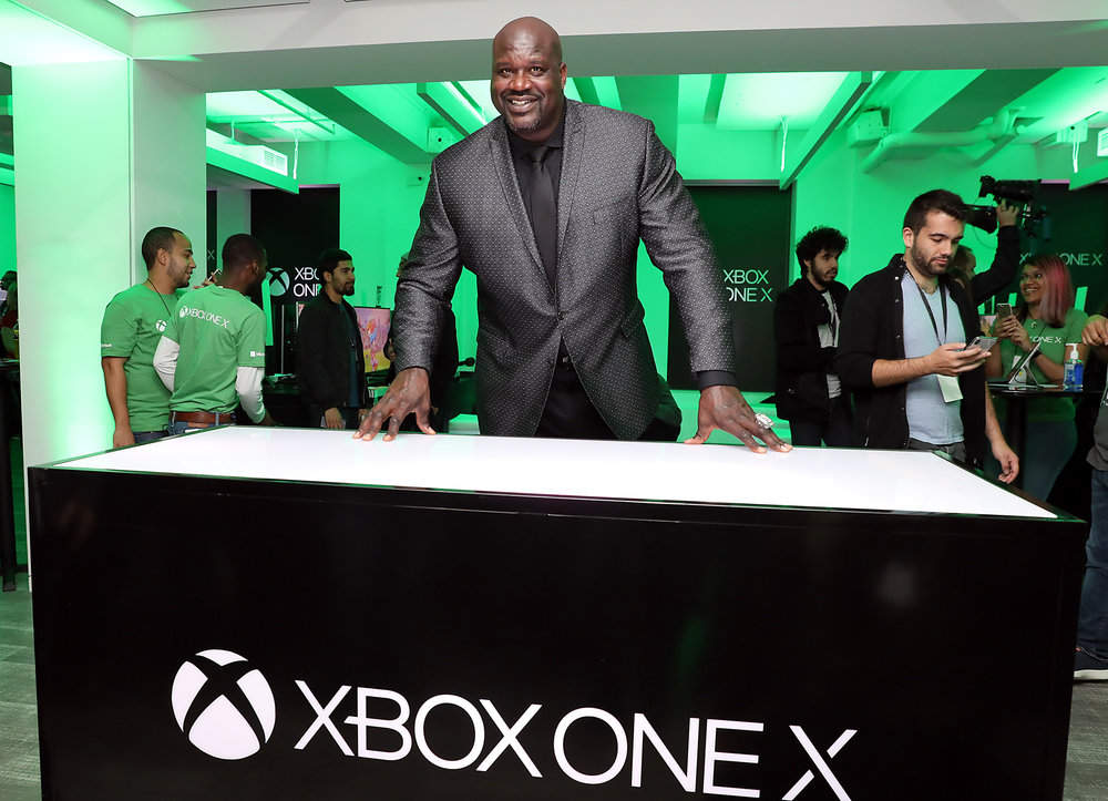 Xbox_One_X_Launch_NY_Shaq.jpg