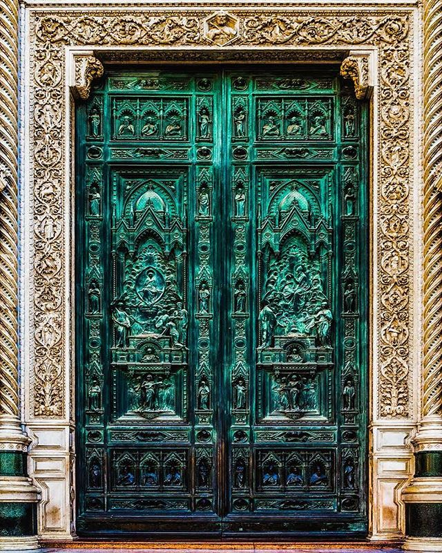There are no problems, only doors of opportunity being viewed from the wrong perspective, waiting to be opened. — This one is worth a zoom, #Florence #Italy officially has some of the fanciest doors of any city. This main portal, bronze door of the Basilica Santa Maria del Fiore by August Passaglia depicts the marriage of Joseph and Mary on the Right, and the presentation of Jesus on the left, while above and below there are representations of four virtues: Faith, Humility, Temperance and Prudence. *Chime* The more you know. #TravelEurope — 📸#sterlingsanders — #NatGeoTravel #NatGeoYourShot #ForbesTravelGuide #BBCTravel #GuardianTravelSnaps #PassionPassport #TravelStoke #BeautifulDestinations #BestInTravel #JetJournal #GirlsWhoExplore #AwesomeEarth #AweSupply #TheGlobeWanderer #LonelyPlanet #TravelDeeper #TravelStoke #ABMTravelBug #Worlderlust #TravelAwesome #ExploringTheGlobe #CNTraveler #TravelDames #Travelgram #Travelingram #InstaTravel