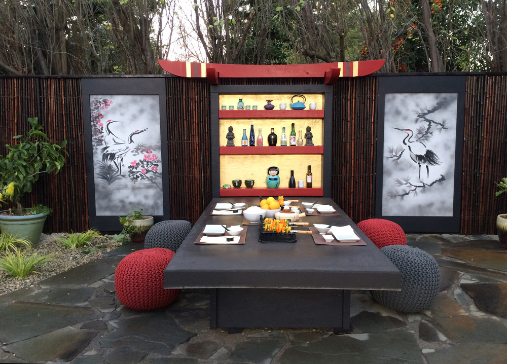 Kotatsu table and liquor shrine