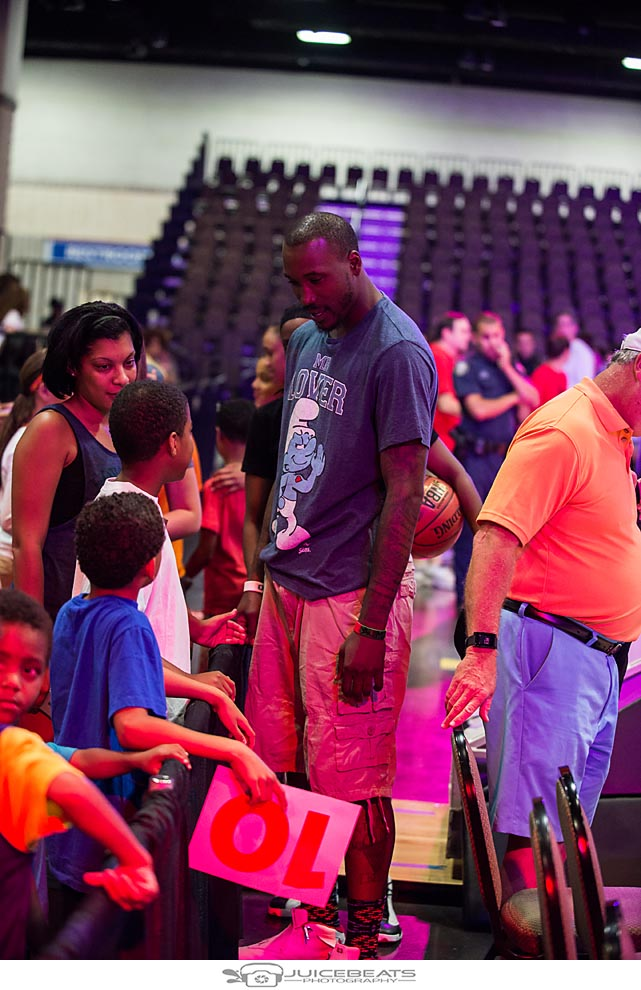 BMaze Celebrity Basketball Game-3.jpg
