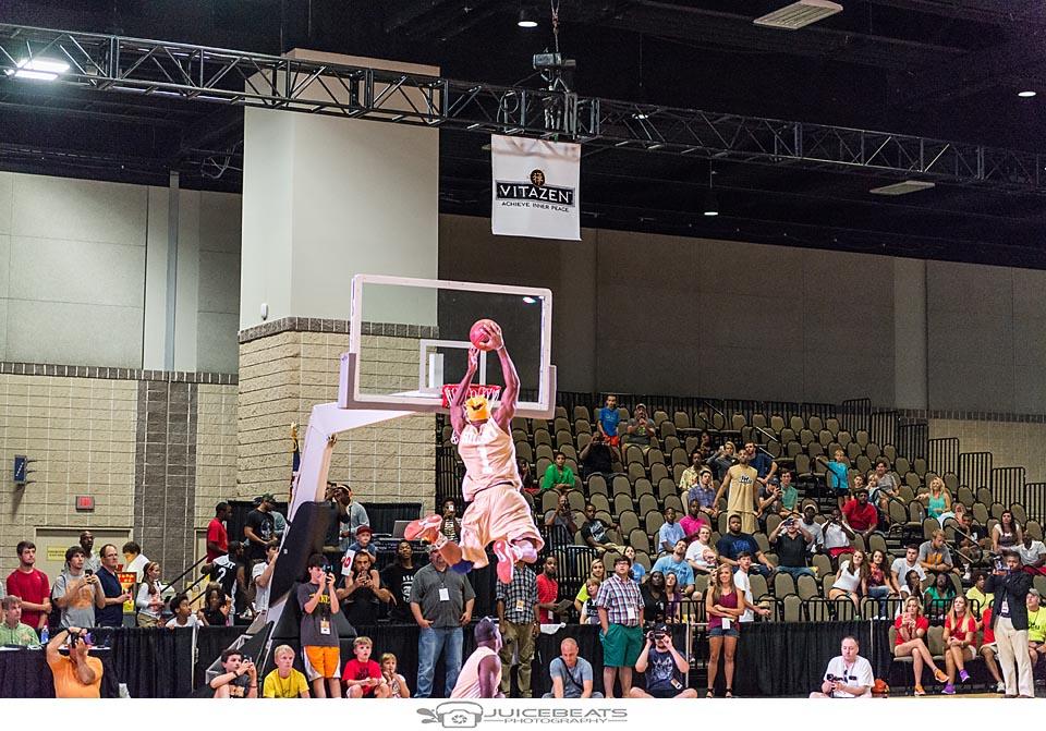 BMaze Celebrity Basketball Game-138.jpg