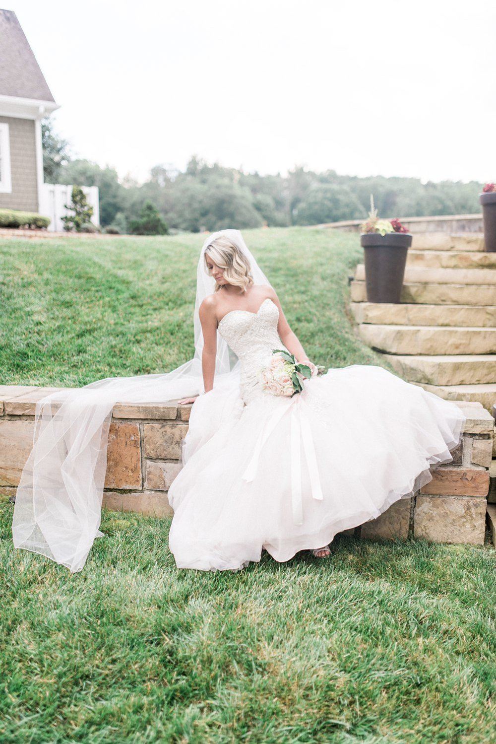 the carriage house wedding | bridal | knoxville wedding photographer