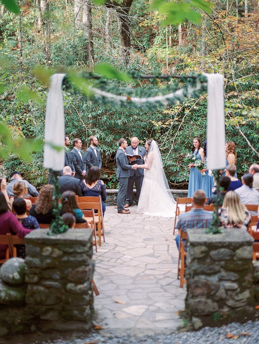 spencecabinweddingvenueinthesmokymountains-sarah&josh