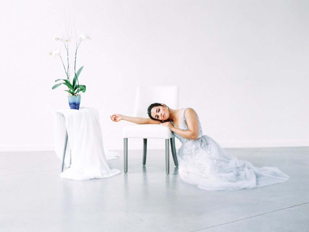 minimalist bridal :: Knoxville botanical  EDITORIALS