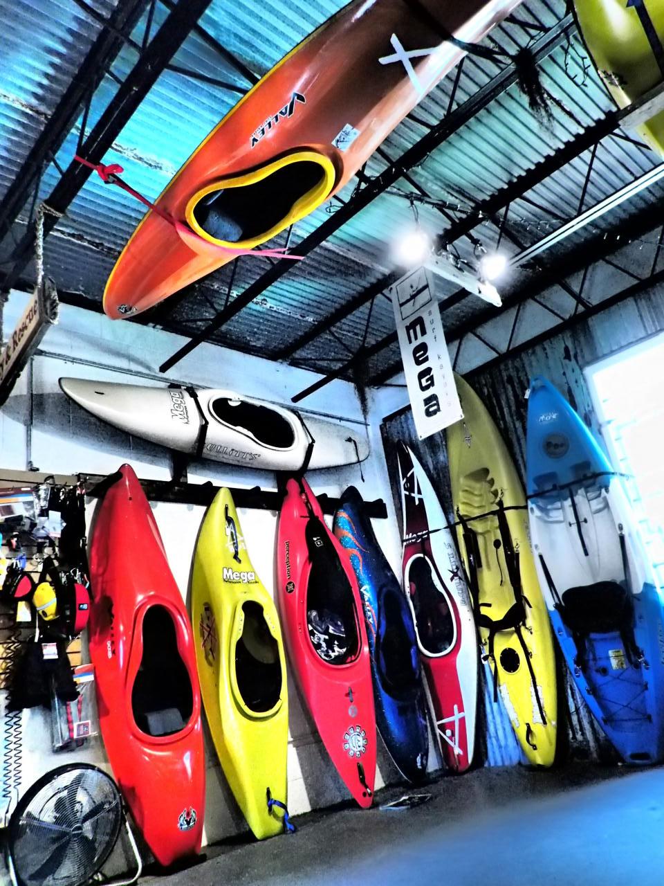 shopboats.JPG