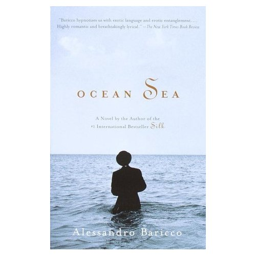 (via Amazon.com: Ocean Sea (9780375703959): Alessandro Baricco, Alastair McEwen: Books) releyendo mi libro preferido