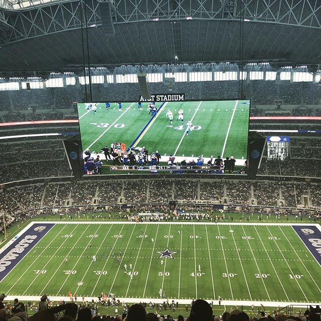 Cowboy nation #dallascowboys @attstadium  with @andyroch89 and @andrewgeorgemetcalf 🏈🔥😎