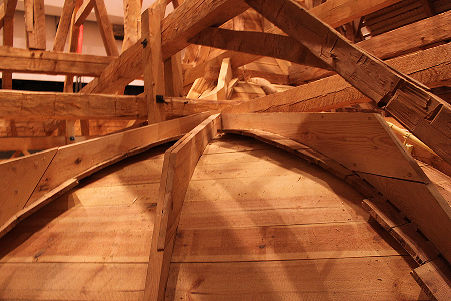 Gwoździec roof structure