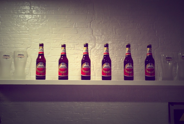 botellas_fila_interior_white_2.jpg