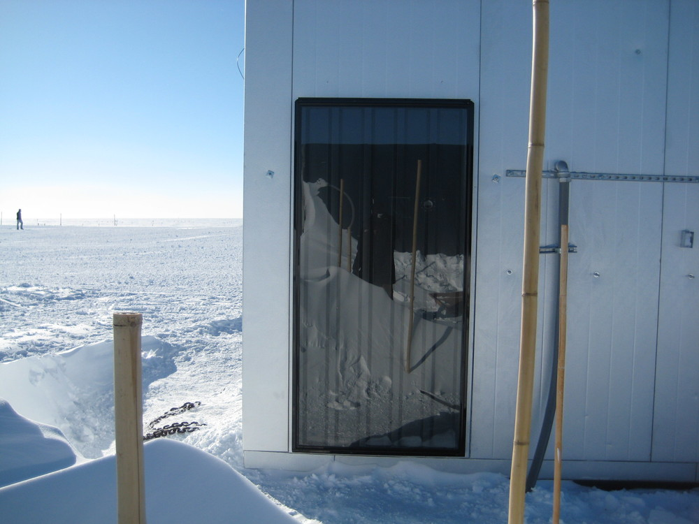 1500G - National Science Foundation - Polar Field Services - Greenland - Climate change monitoring station elevation 10,500 ft.