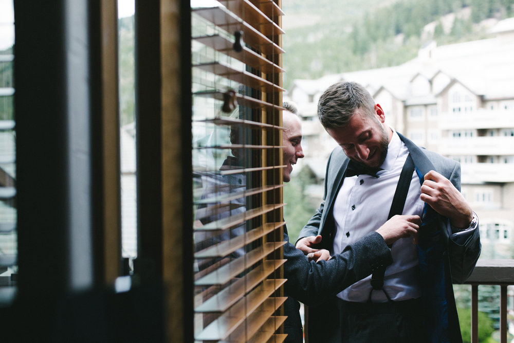 054-beaver-creek--groom--suit--wedding-photography--park-hyatt.jpg