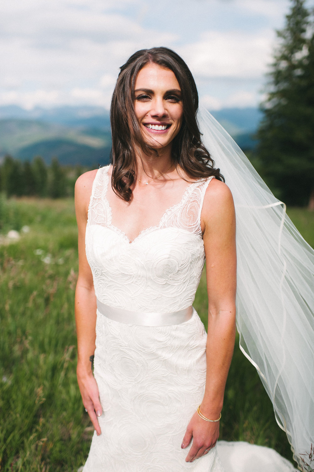 361-beaver-creek--bride--portrait--mountain-top.jpg